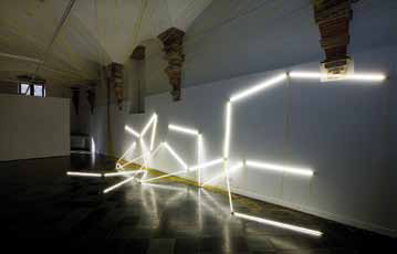 "Navid Nuur, ""TENTACLE THOUGHT Nr. 10"", 2004-2010, Neon fixture, wires and ti neons, dimensions variable, courtesy: the artist, Plan B, Cluj/Berlin and Martin van Zomeren, Amsterdam, photo by Gert Jan van Rooij"