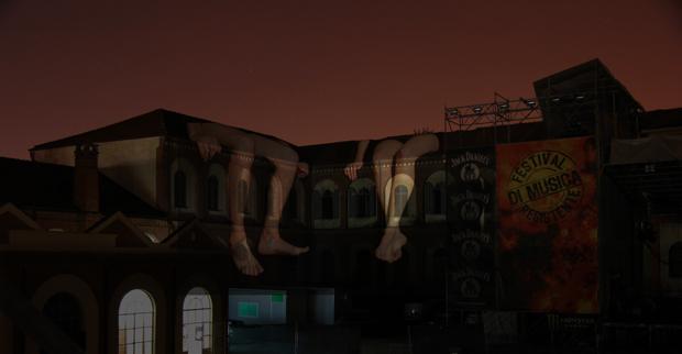 "auroraMeccanica, ""L'attesa"", videoproiezione site specific, 2011"