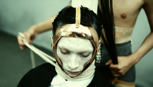"""Huang Ran, """"Blithe Tragedy"""", 2010, Digital Transfered to Blu-Ray DVD, 14'56, Color and Sound, Courtesy of the artist"""