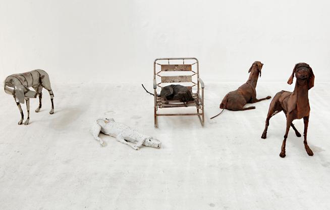 """Velasco Vitali, """"Silverade"""", 2009, ferro, lamiera, cm 75 x 63 x 118. Courtesy l'artista"""