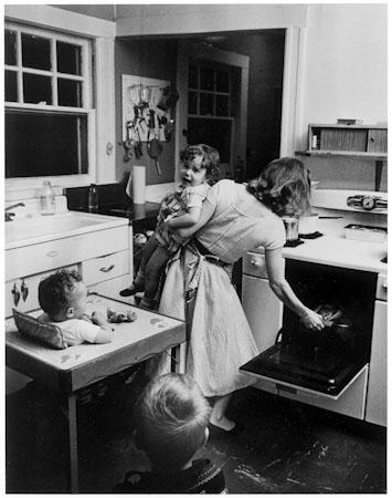 Elliott Erwitt. USA. New Rochelle, New York. 1955. (Copy Neg)