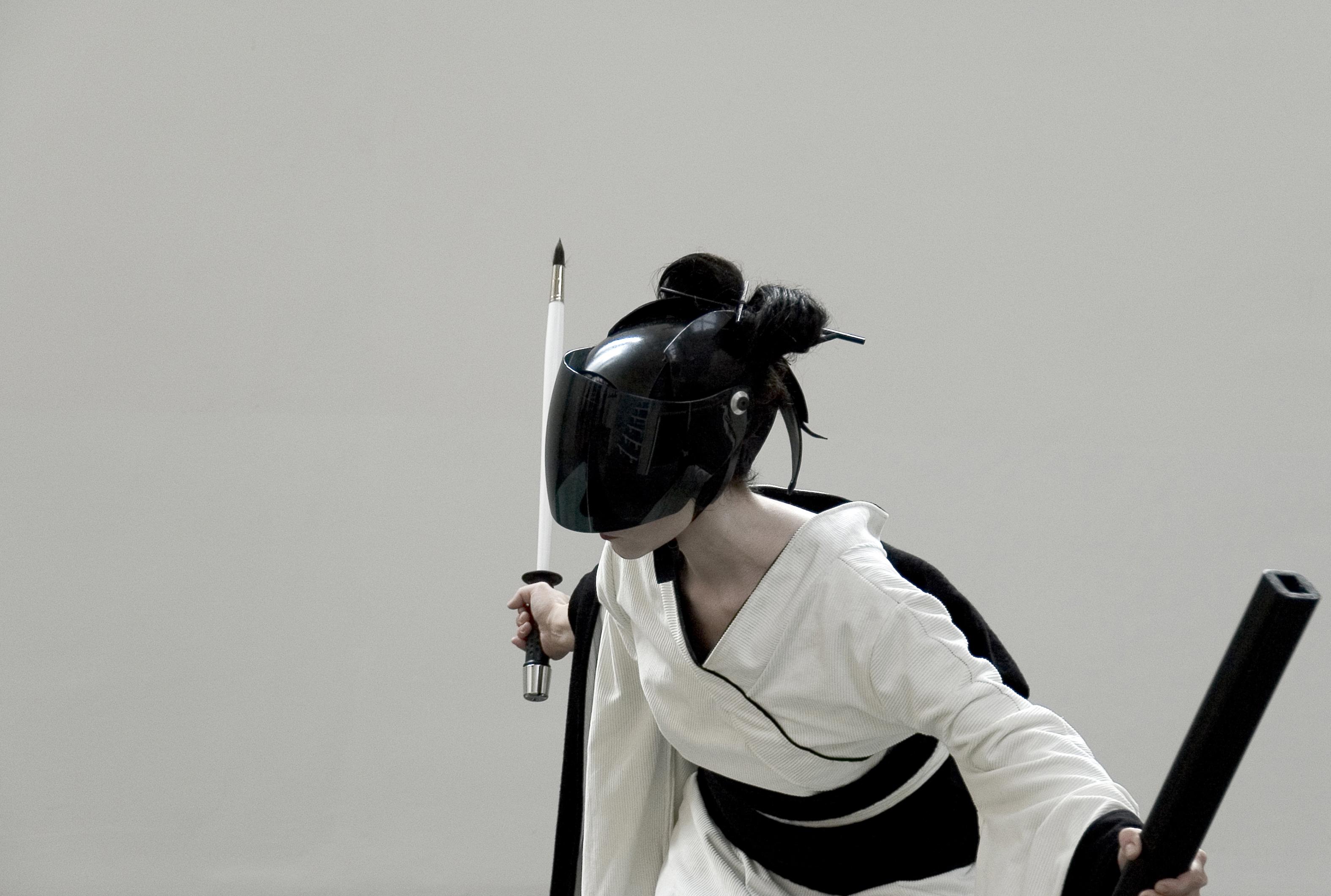 """Giovanna Ricotta, """"Fai la cosa giusta"""", 2010, still da video, 5'"""