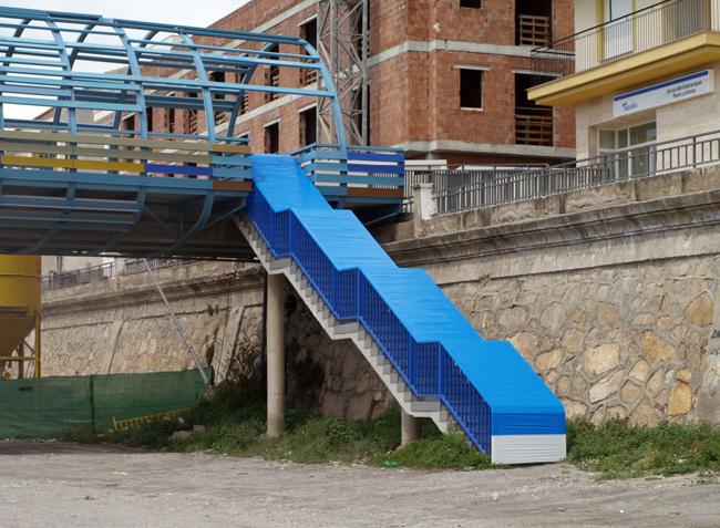 MARLON DE AZAMBUJA, Potencial Escultorico, 2009, coloured adhesive tape, variable size. Courtesy Furini Arte Contemporanea - Roma