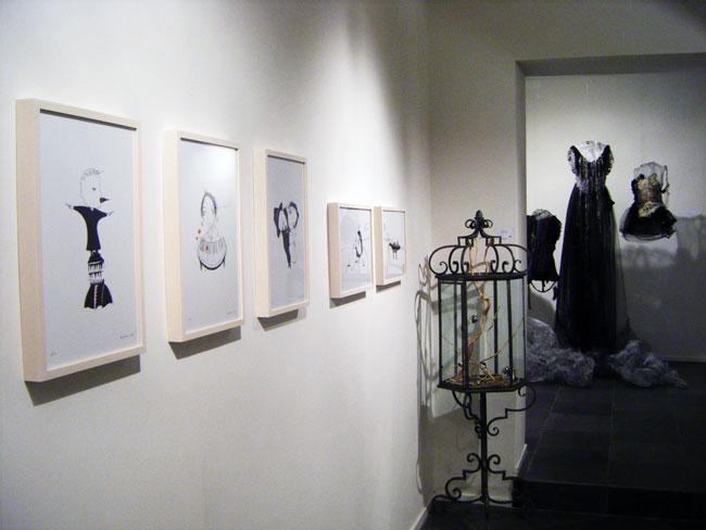 """Veduta della mostra """"Alessandro Giampaoli / Andrea Guerzoni. Oggi ho fatto una scelta"""", Rossmut (Concept Store), Roma"""