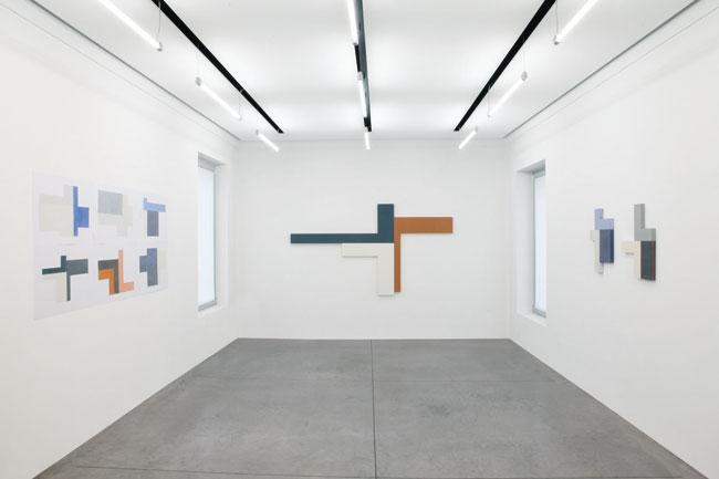 """Veduta della mostra """"Giuliano Dal Molin. L'esperienza della pittura"""", Seregno (MB)"""