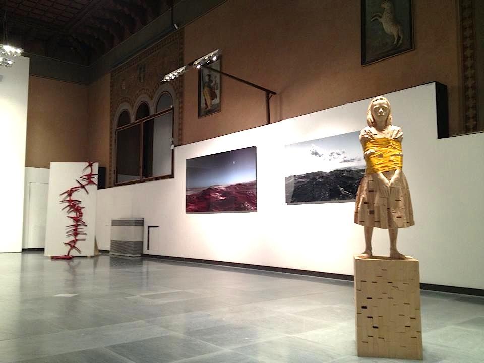 Delle Dissonanze - Collezione Antonio Stellatelli, veduta allestimento, Palazzo della Ragione, Verona