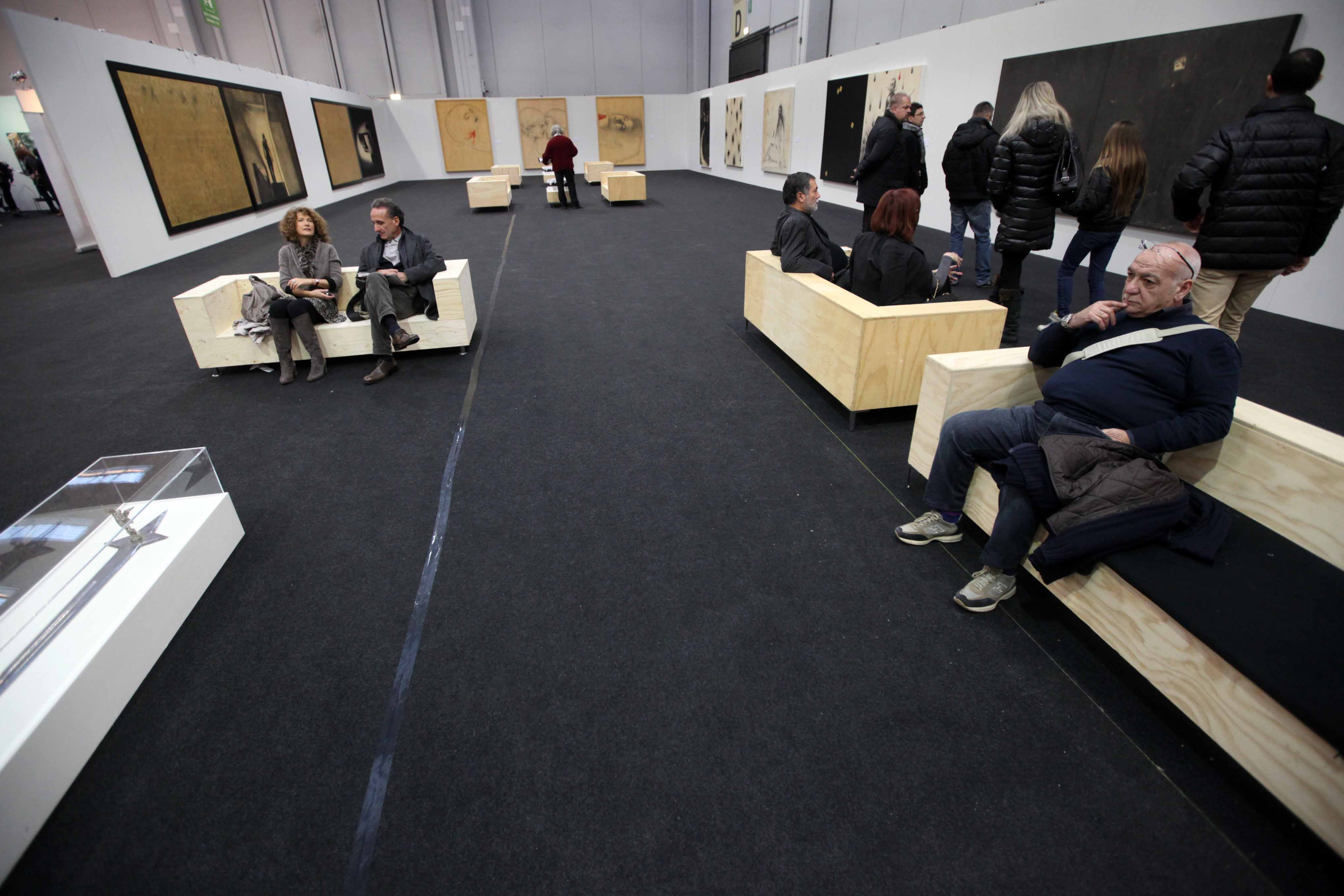 Immagina Art in Fiera 2012. Veduta di allestimento con opere di Omar Galliani
