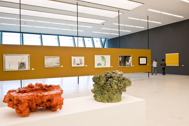 Rosemarie Trockel, Flagrant Delight, Museion 2013. Foto Othmar Seehauser