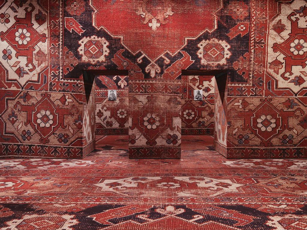 Veduta dell'installazione a Palazzo Grassi, Venezia. Foto: Stefan Altenburger. Courtesy dell'artista