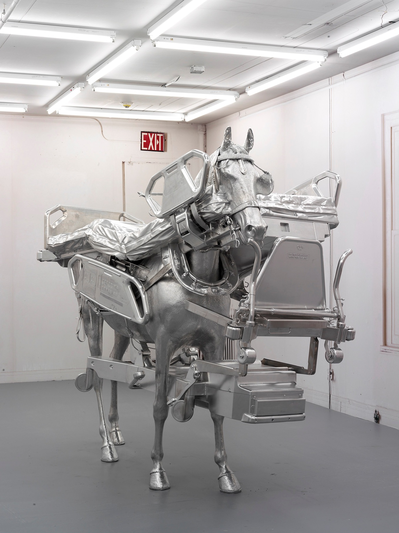 Urs Fischer, Horse/Bed, 2013, Milled aluminum, galavanized steel, screws, bolts, two component resin 85 7/8 x 103 9/16 x 43 3/4 inches (218.2 x 263.1 x 111.1 cm) Edition of 3 & 1 AP. © Urs Fischer. Courtesy dell'artista e Gagosian Gallery. Foto: Stefan Altenburger