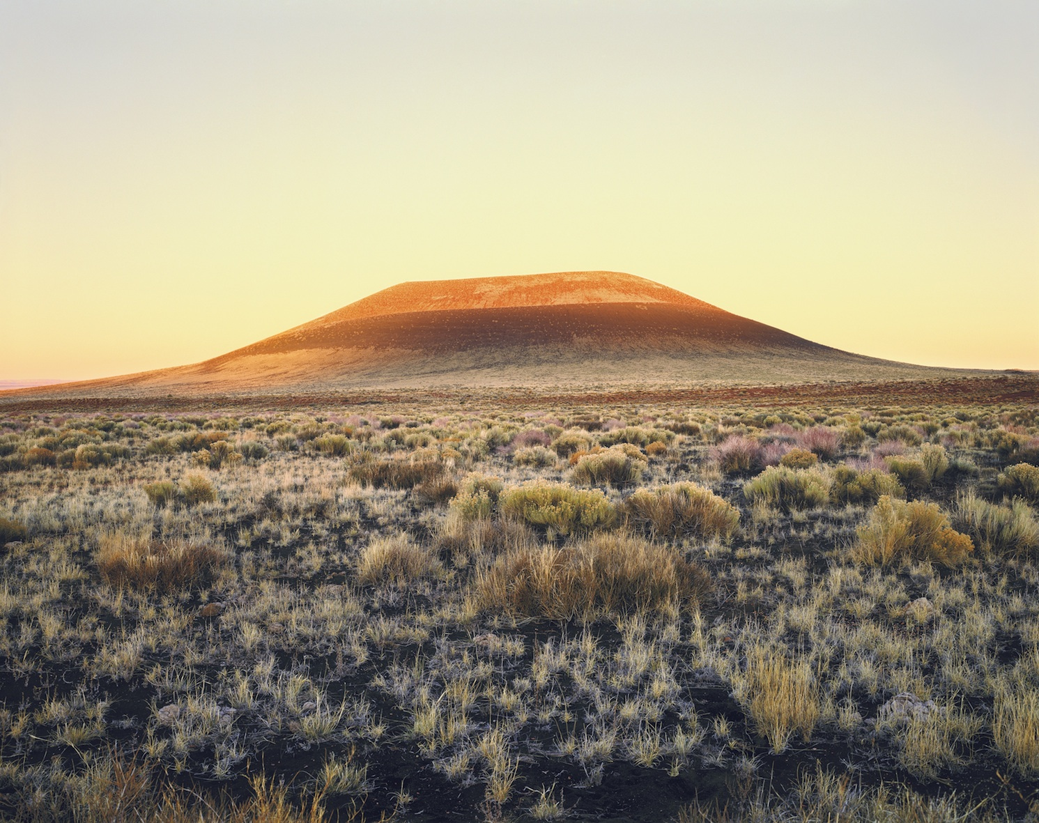 James Turrel, Roden Crater Dawn, 2009, Color carbon prints, cm 61x76,2