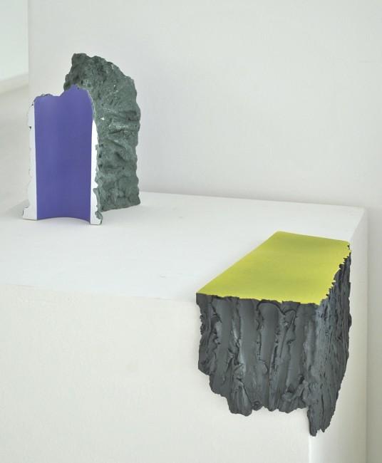 58. Premio Faenza - Jane King, Untitled, 2012, materiale ceramico con terracotta smaltata e pittura acrilica, 30x15 cm
