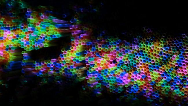 Andrea Familari, Francesca Pasquali, Carlotta Piccinini, 39000 LIGHT STRAWS, 2013, video frame.  Intervento sonoro  di Luigi  Mastrandrea. Courtesy gli artisti