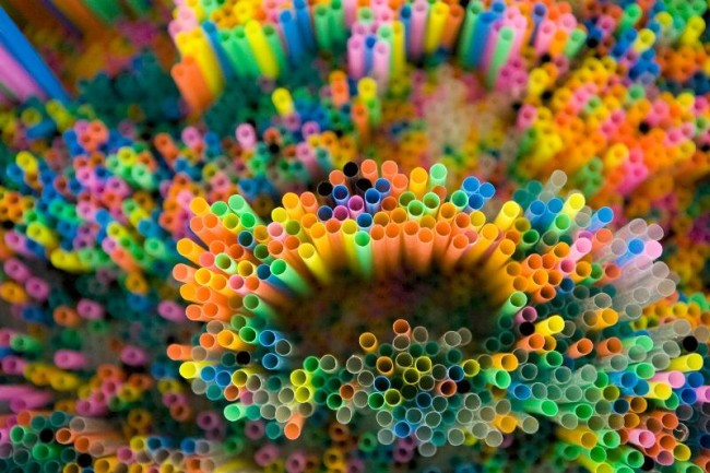 Francesca Pasquali, Multicolor Straws-Detail, 2013, cannucce colorate, 120x80x20 cm Courtesy Francesca Pasquali