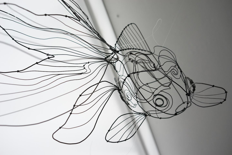 Opere di Chizu Kobayashi esposte in mostra, foto di Grégoire Dupond, courtesy Studio Miro e l'artista