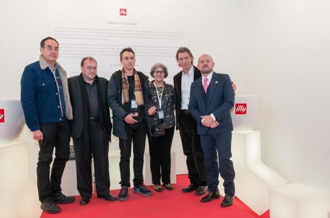 Diego Bruno alla premiazione illy SustainArt ARCOmadrid_2014 Credits Luis Alda