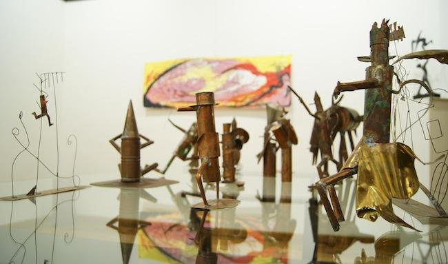 Riccardo Dalisi. Ultrapoverissimi a colori, veduta della mostra, Courtesy La Mediterranea Arte