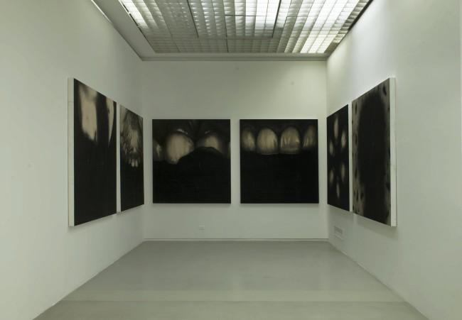 L'opera al nero. Omar Galliani, veduta della mostra, GAM Underground Project, GAM - Galleria Civica d'Arte Moderna e Contemporanea, Torino Photo Robino