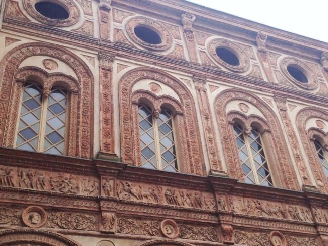 Palazzo Stanga Trecco, facciata interna in cotto Courtesy Distretto Culturale di Cremona