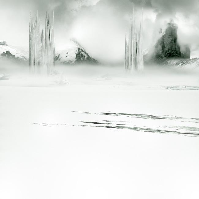 Aqua Aura, Heavenly ramparts, stampa digitale su carta cotone BW Hahnemule, cm 60x60, 2013