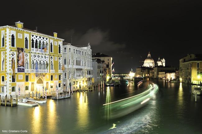 Veduta notturna di Palazzo Franchetti, Venezia