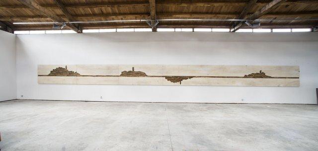 Umberto Manzo, Senza titolo, 2014, tecnica mista su carta e tela incollata su legno, cm 120x1510: Ph. Fabio Donato