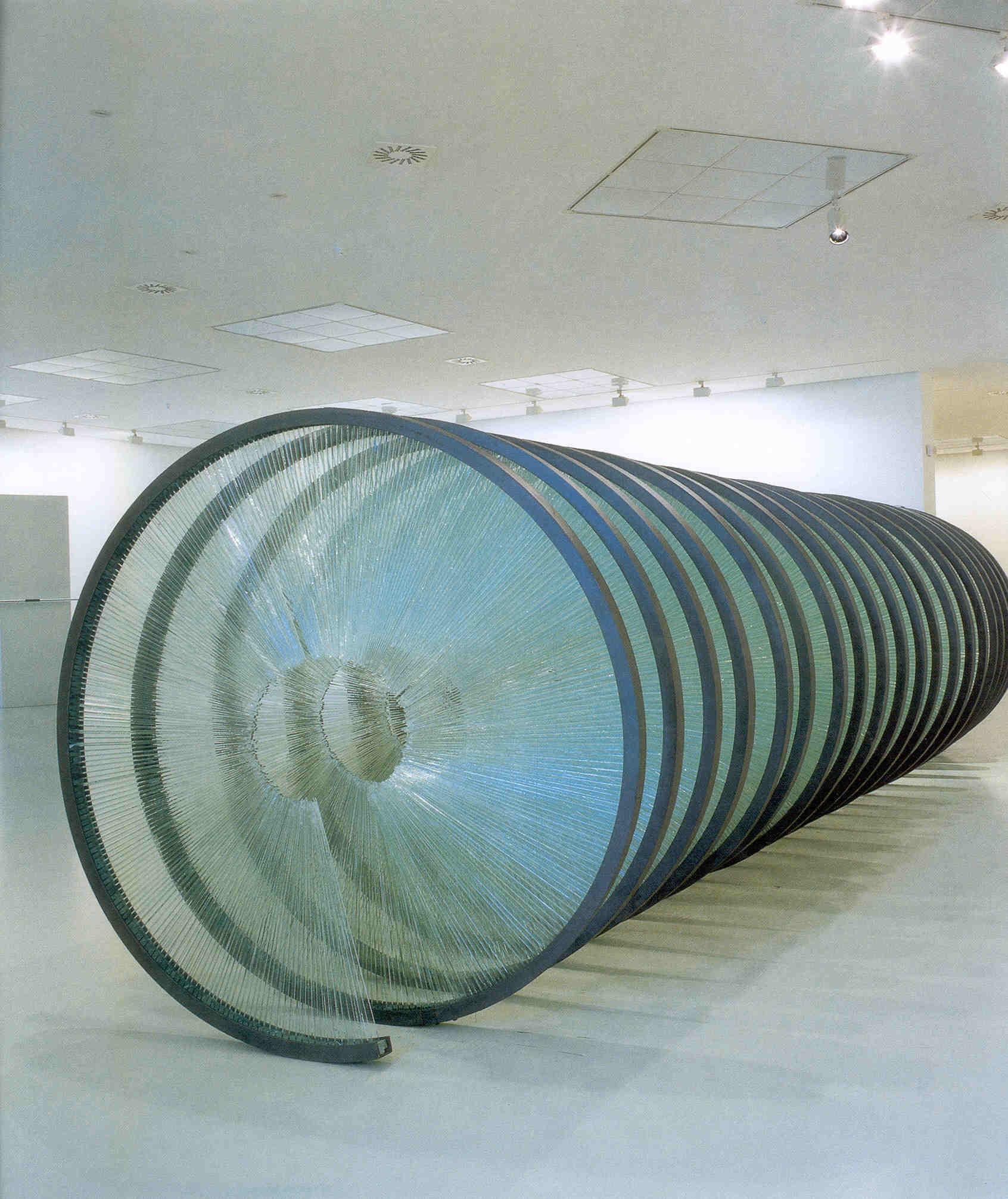 OSTAS  VAROTSOS, Atene (Grecia), 1955 Spiral, 1998 Courtesy the artist and Giorgio Persano Gallery, Torino. Opera esposta presso Museo Medievale San Lorentino
