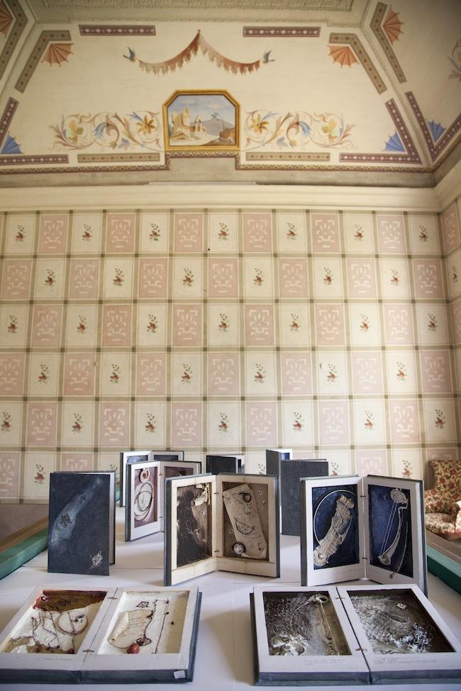 Gabriella Benedini, Installazione, 2014, Castello dei Del Carretto, Saliceto. Foto di Martina Fornace