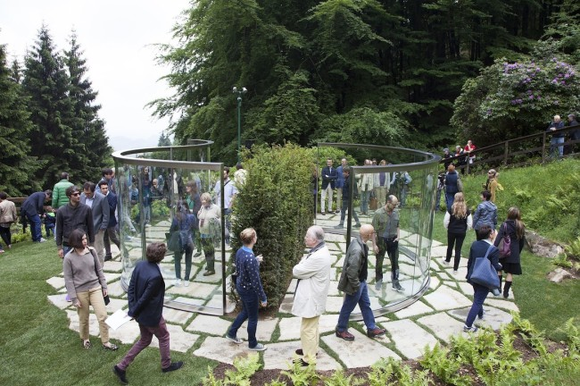 Dan Graham, Two Way Mirror / Hedge Arabesque, 2014 Photo Fondazione Zegna / Giovanna Silva (inaugurazione)