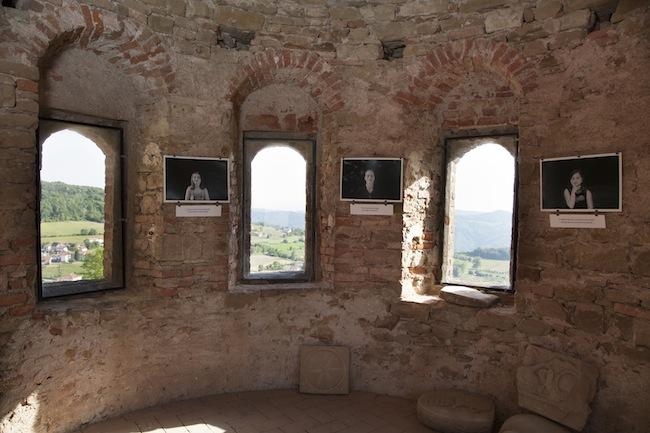 """Martina Fornace, """"Chiudi gli occhi/ Close your eyes"""", 2014, Castello di Prunetto. Foto Martina Fornace"""