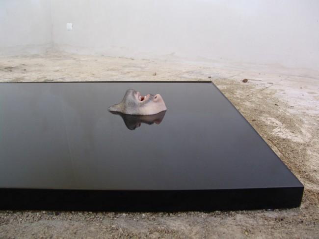 Dario Agrimi, Limbo, 2014, legno grezzo, olio e altri materiali, 200x100x15 cm Courtesy dell'artista