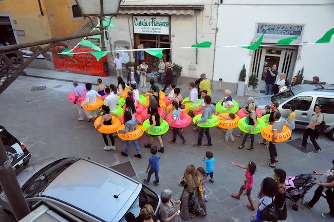 Marradi Campana InFesta 2014, Girovita. I salvagenti della Catastrofe, ph. Christian Ghisellini