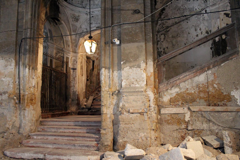Palazzo Costantino, scalinata d'ingresso