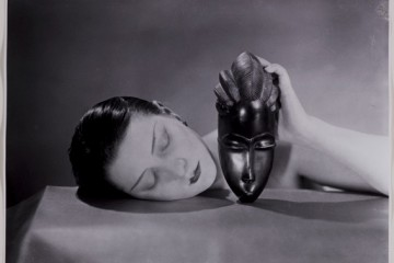 Man Ray, Noire et blanche, 1926, fotografia, new print del 1980, 23x30 cm, Collezione privata Courtesy Fondazione Marconi © Man Ray Trust by SIAE 2014
