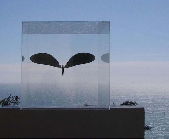 Carlo Maglitto, Icara, serie Passaggi di solitudine, 2004, plexiglas, resina e carta fotografica. Foto archivio VB (di J. Török)