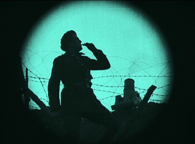Abel Gance, J'Accuse, 1919, produzione PathÈ FrËres, video riversato da copia in pellicola 35mm muto, durata 14' (originale 2h 46') © Lobster Films