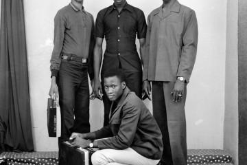 Monsieur Simparas et ses camarades, 1971-2008