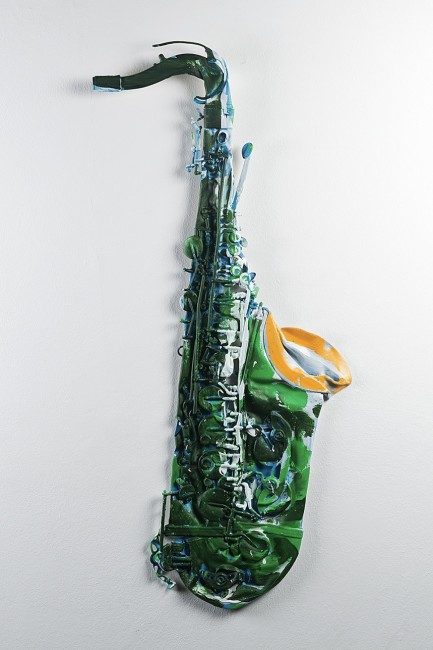Charlie Billingham, Sax 9, 2014, oil and acrylic on saxophone, 85x37 cm © Courtesy Brand New Gallery, Milano
