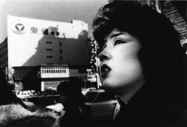 Daido Moriyama, Tokyo, 1978, fotografia b/n Courtesy l'artista