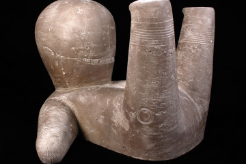 Luca Lanzi, Feticcio, 2013, terracotta, 25x36x42 cm