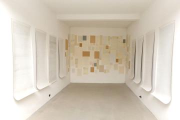 Dadamaino, I fatti della vita, ricostruzione della sala alla Biennale di Venezia 1980, installazione al Fondo Piras 2014 Courtesy Fondo Piras e Archivio Dadamaino