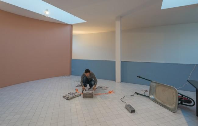 Cristian Chironi. My house is a Le Corbusier (Esprit Nouveau Bologna), work in progress, Padiglione Esprit Nouveau, Bologna Credits Luca Ghedini