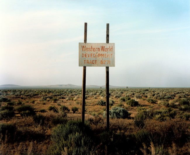 Wim Wenders, Western World Development, Near Four Corners, California, 1986 © for the reproduced works and texts by Wim Wenders, Wim Wenders, Wenders Images, Verlag der Autoren.jpg
