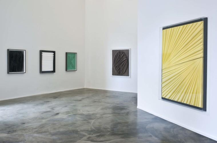 Umberto Mariani. Piombi, veduta della mostra, Jerome Zodo Contemporary, Milano