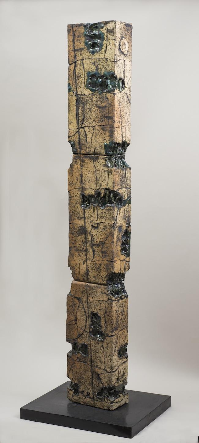 Carlos Carlé, Totem, 2009, Grès. Collezione dell'artista
