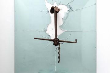 Claudio Parmiggiani Senza titolo, 1997-2015, ferro e vetro, 430x430x120 cm. Fotografie di Lucio Rossi, Studio Foto R.C.R, Parma. Padiglione Italia. 56 Biennale di Venezia 2015