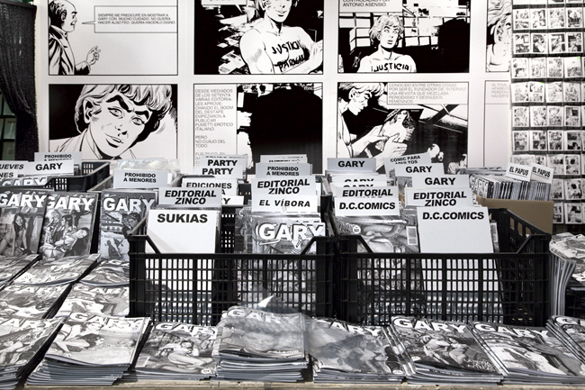 FRANCESC RUIZ GARY, 2013 Installation with comics and photocopies