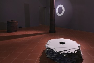 Marco Di Giovanni, Una fine, Museo di San Domenico, Imola. Foto di Dario Lasagni