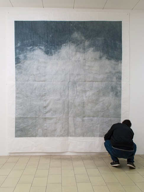 Michele Parisi, Dove nasce un racconto, 2014, gelatina fotosensibile, pigmenti, polvere, gomma arabica su carta velina, 280x260 cm