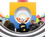 Daniel Buren Come un gioco da bambini, lavoro in situ, 2014-2015, Madre, Napoli - #1 Veduta dell'installazione Courtesy Fondazione Donnaregina per le arti contemporanee, Napoli Foto © Amedeo Benestante